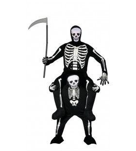 In De Greep Van Een Skelet Man Kostuum